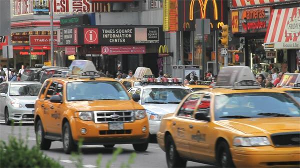 国外街头人物生活日常延时实拍高清视频素材