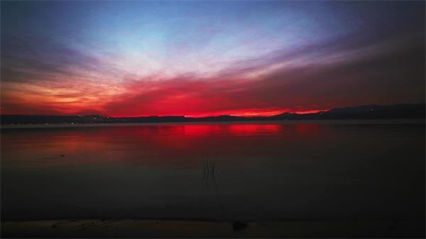 唯美太阳日落红霞照慢动作实拍慢镜高清视频素材