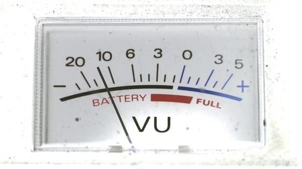 指針式萬用電流表測試電壓實拍高清視頻素材