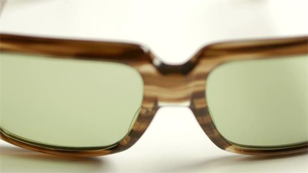 太阳眼镜镜头移动连续瞬间切换实拍高清视频素材