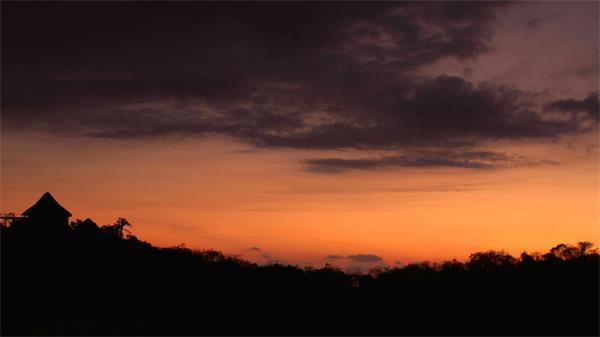 傍晚丛林山野黄昏日落实拍高清视频素材