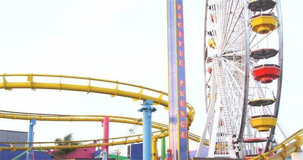 [4K]游乐园游玩欢乐过山车游戏摩天轮旋转跳楼机高清视频拍摄