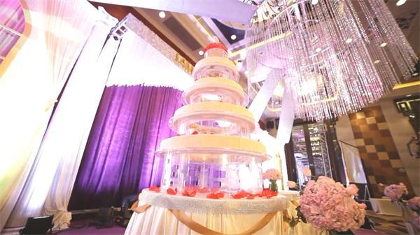 浪漫神圣婚礼现场设计装饰实拍高清视频素材