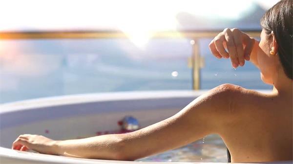 泳池别墅休闲度假首选房地产公司宣传片实拍高清视频素材