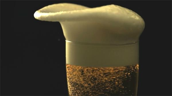 清新适口迷啤酒告白宣传片实拍高清视频素材