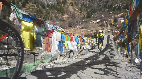 西藏天路自行车之旅形象广告片实拍高清视频素材