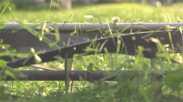 现代化科技进步机械化割草机旋转切割小草高清视频延时实拍