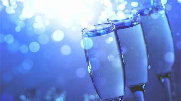 梦幻唯美酒杯光点粒子飘浮实用婚礼浪漫酒杯场景高清视频实拍