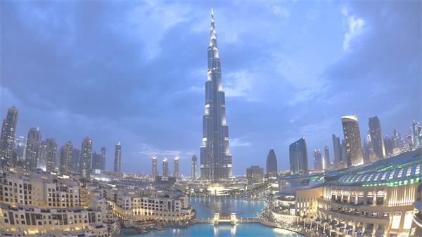 迪拜逾越将来古代化设计高楼修建构造雄伟壮观近景高清视频延时拍