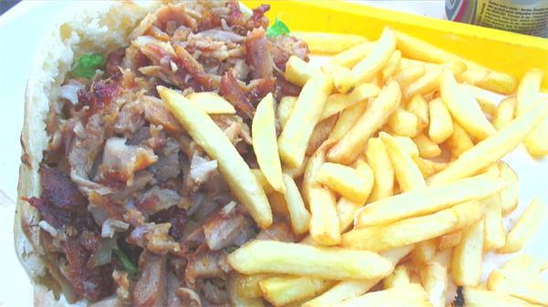 美味食物三明治薯条肉类近距离特写美食丰富食物高清视频实拍