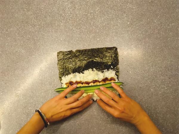 [4K]美味清新紫菜青瓜鲜虾小卷寿司制作过程延时记录高清视频实