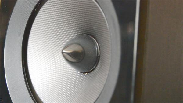 高端大气音响设备音响测试音箱喇叭震动运行镜头特写高清视频实拍