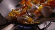 烹调炒菜菜品失入慢举措高清视频素材