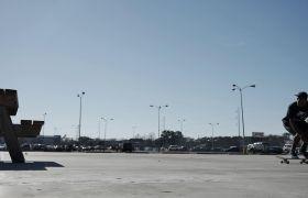 城市街头酷炫花样滑板慢镜头高清实拍